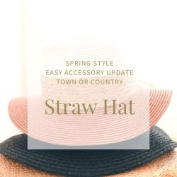 Pile of straw hats, one on top of the other: pink, navy blue, natural colour